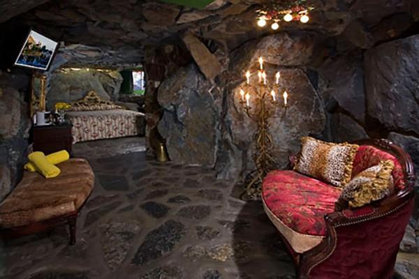 4- Rock Bottom – Madonna Inn (San Luis Obispo, Califórnia)