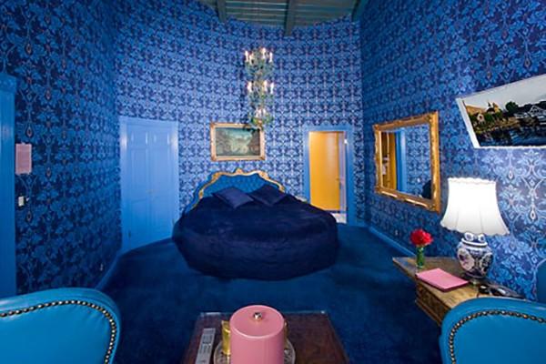 6- Vous – Maddonna Inn (San Luis Obispo, California)