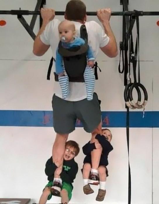 12- Quem precisa pesas tendo três filhos