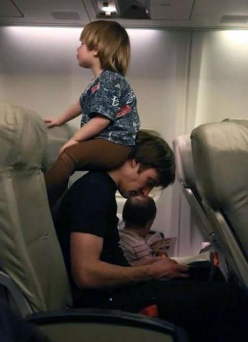 19- Os pais são as cadeiras mais cômodas. Sempre.