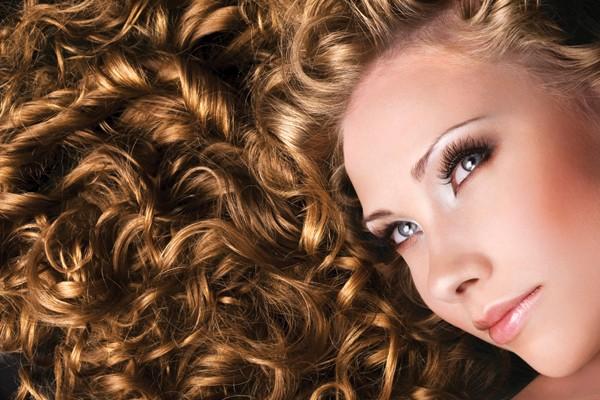 Viver no limite entre um cabelo lindo e um cabelo desarrumado