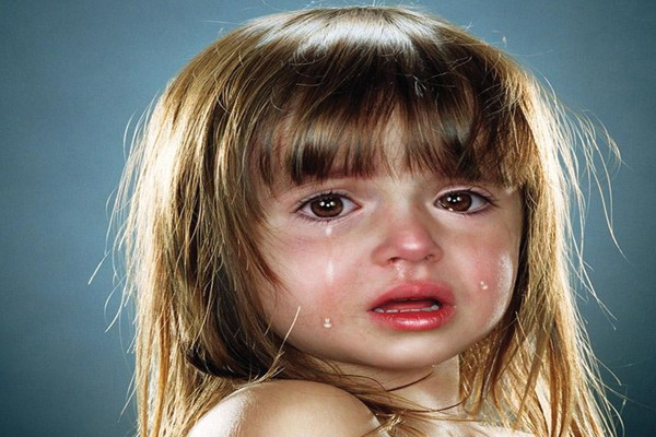 Engole o choro, ou te dou uma razão de verdade para chorar