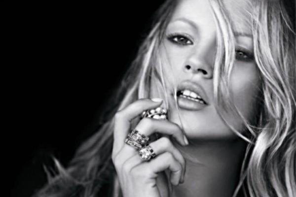 Kate Moss – US$ 7 milhões