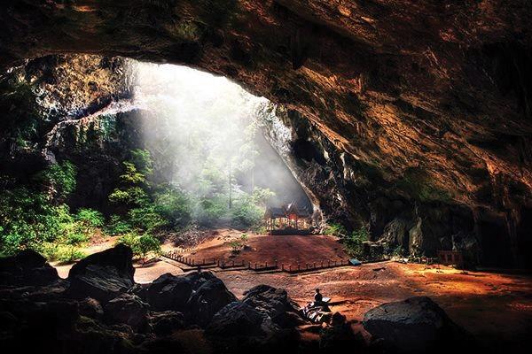 Caverna de Phraya Nakhon, Tailândia