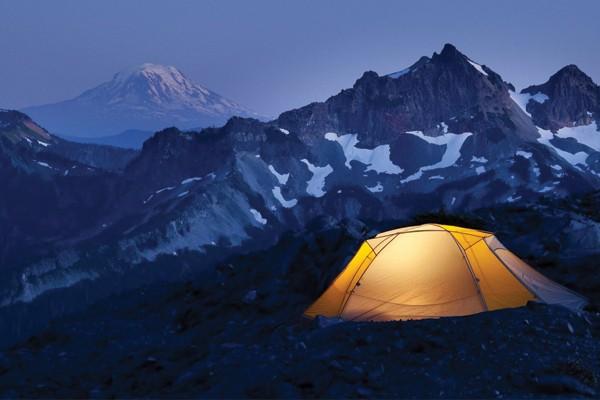 Dormir em uma barraca