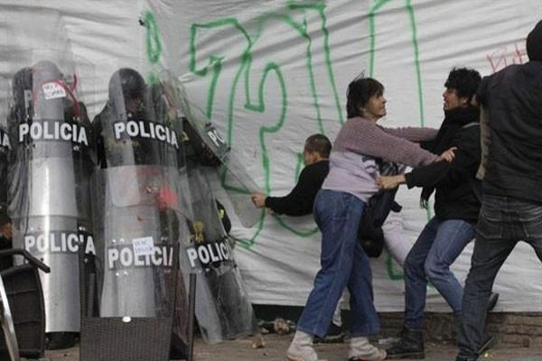 Ajudando a Polícia