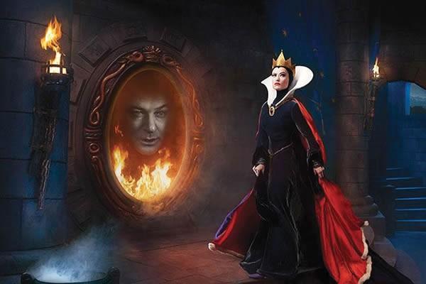 Olivia Wilde e Alec Baldwin como a Rainha Má e Espelho Mágico de Branca de Neve