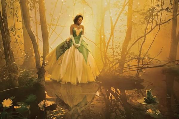 Jennifer Hudson como Tiana de A Princesa e o Sapo