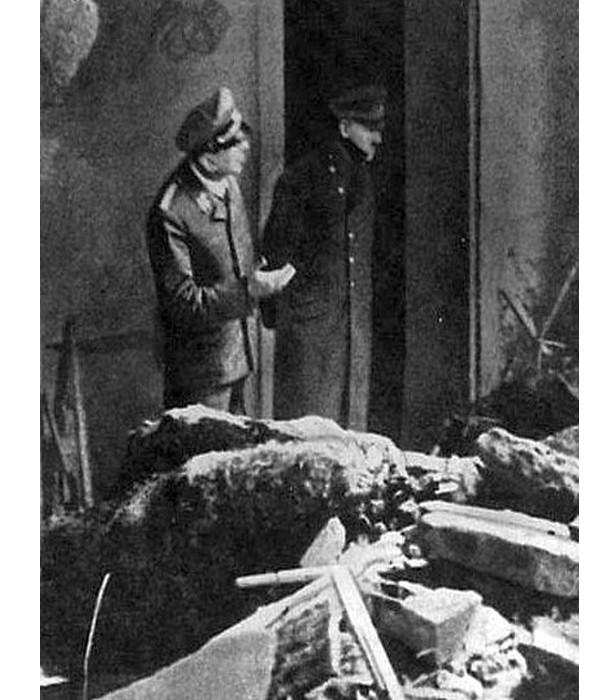 1945 Hitler
