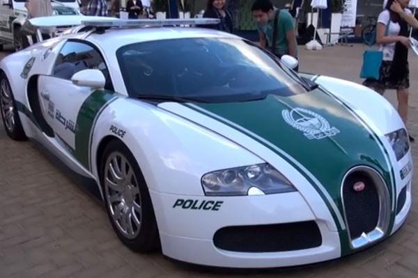 Bugatti Veyron - Dubai