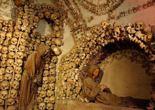 Catacumbas de Paris, na França