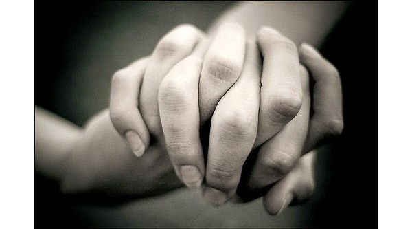 Segure-a pela mão, sempre