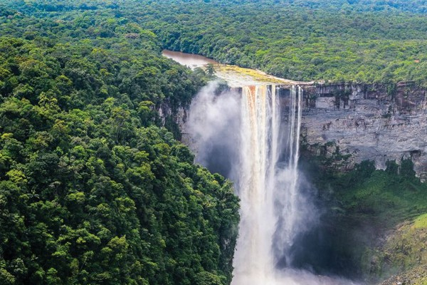 Kaieteur Falls, Guiana