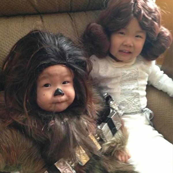 Léia e Chewbacca bebê