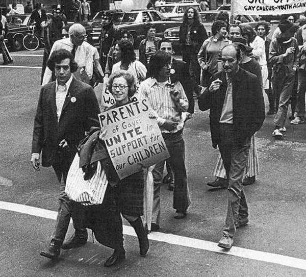 Jeanne Manford, que apoiou seu filho gay durante passeatas pelos direitos dos homossexuais – 1972