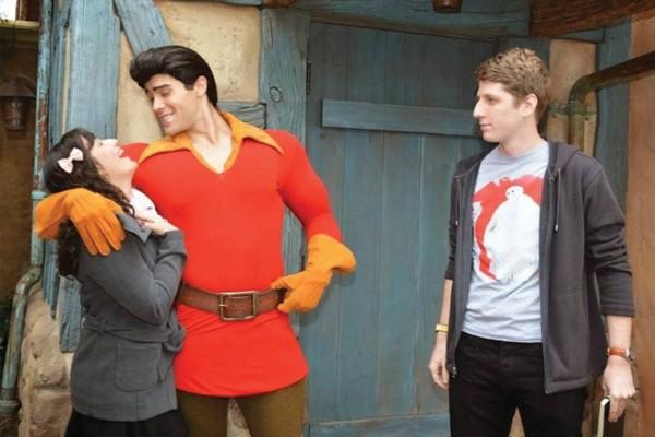 Você pode tirar uma foto galante com o Gaston