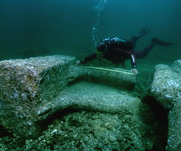 A descoberta de Heraklion