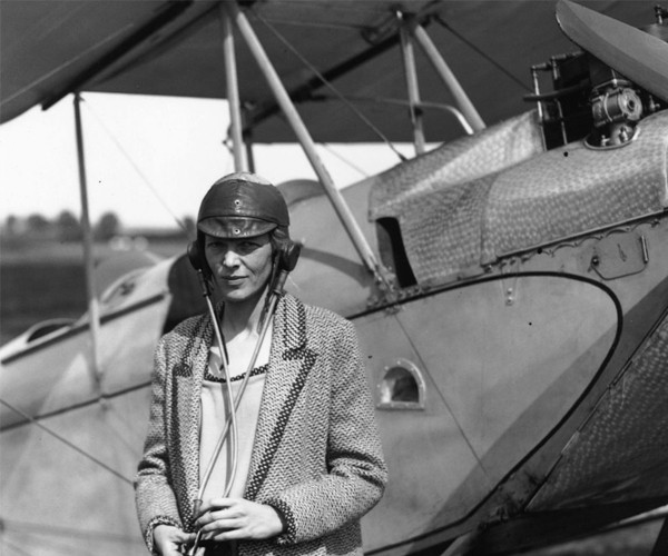 Desaparecimento de Amélia Earhart