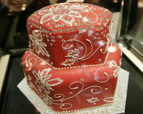 Fruitcake com diamantes