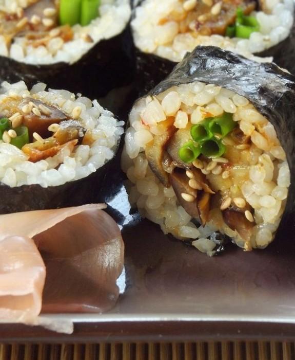 Originalmente, arroz nunca foi misturado com o sushi