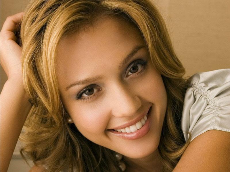7. Jessica Alba