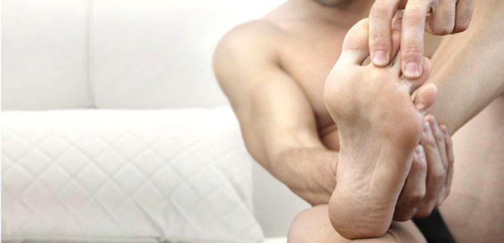 Modelo de pés para comerciais