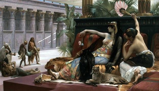 Cleópatra viveu mais de perto da invenção de Snapchat que da construção da Grande Pirâmide de Gizé