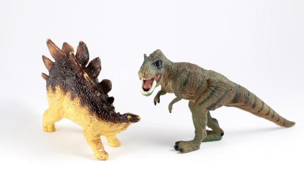 Stegosaurus é mais antigo para o Tyrannosaurus rex do que o T. rex é para nós