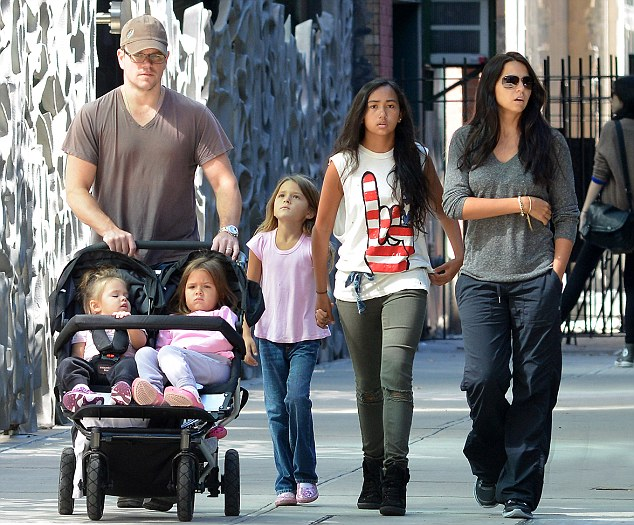Matt é o único homem em sua família