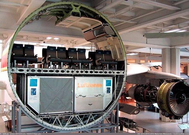 Como se vê um avião que está em construção?