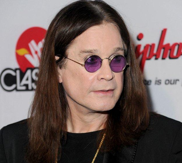 Você percebeu que Ozzy Osbourne sempre usa óculos redondos?