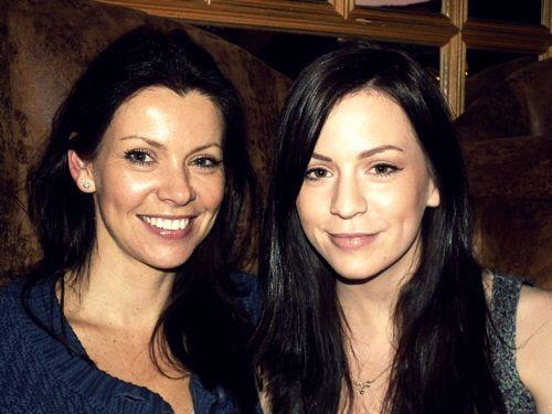 Anne é muito bonita e teve o cantor quando ainda era adolescente