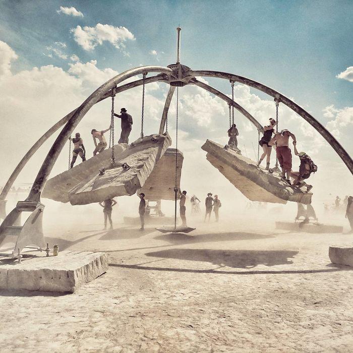 Burning Man: sua primeira edição reuniu apenas 20 pessoas agora são mais de 60 mil