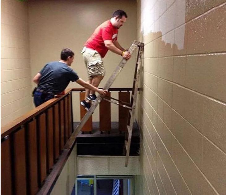 A PERGUNTA: Como você sobreviveu a essa escada?