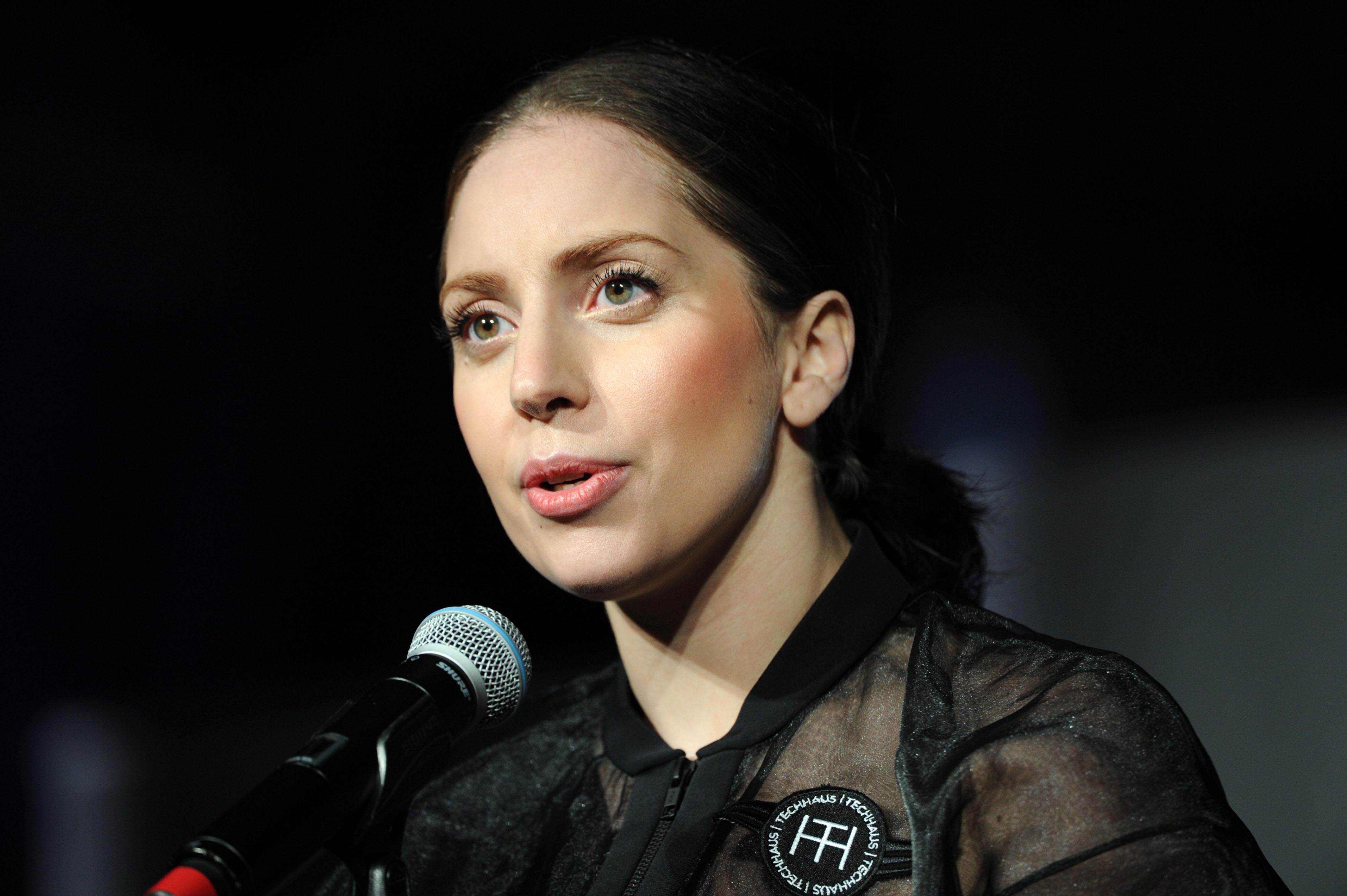 No início de sua carreira Lady Gaga era muito exótica, agora ela mudou