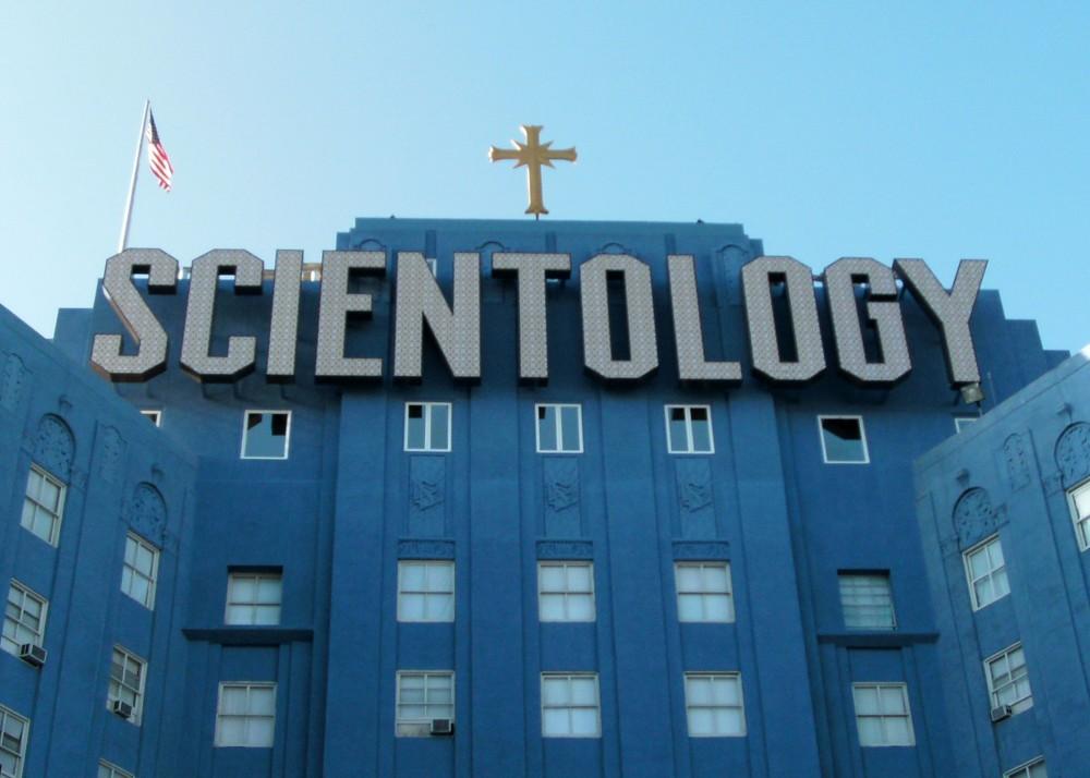 Wikipedia: Proibida que a Igreja da Cientologia publique artigos