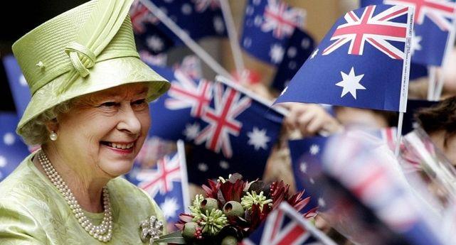 Austrália: comemor o aniversário da rainha em junho e setembro, quando seu nascimento foi em abril