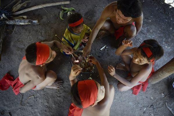 Venezuela: A tribo que come as cinzas de seus entes queridos