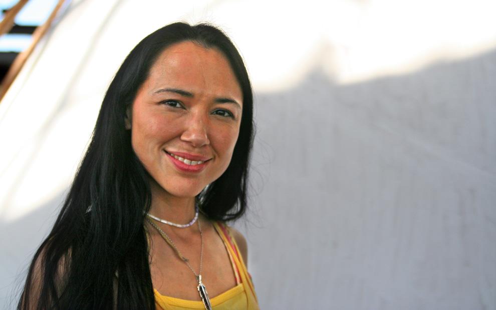 A famosa Pocahontas foi inspirada por Irene Bedard