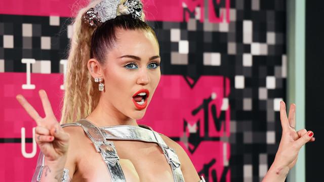 Dizem que Miley Cyrus morreu três vezes