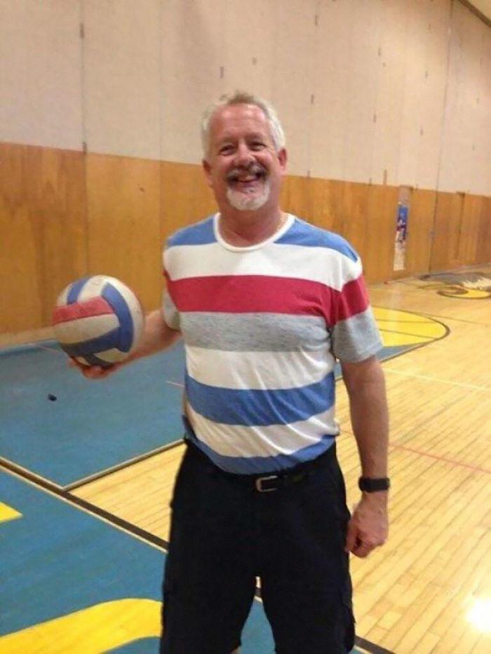 O treinador quer combinar com a bola!