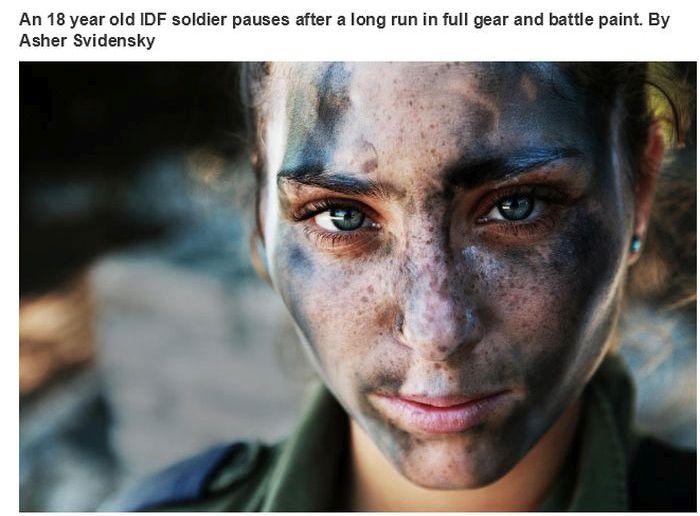 Uma garota soldado muito bonita