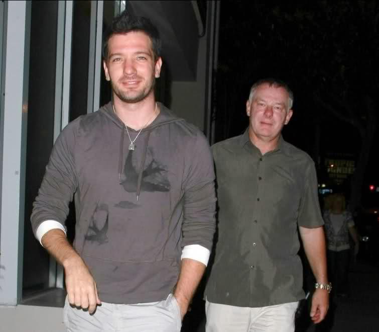 JC Chasez (Nsync) e seu pai adotivo