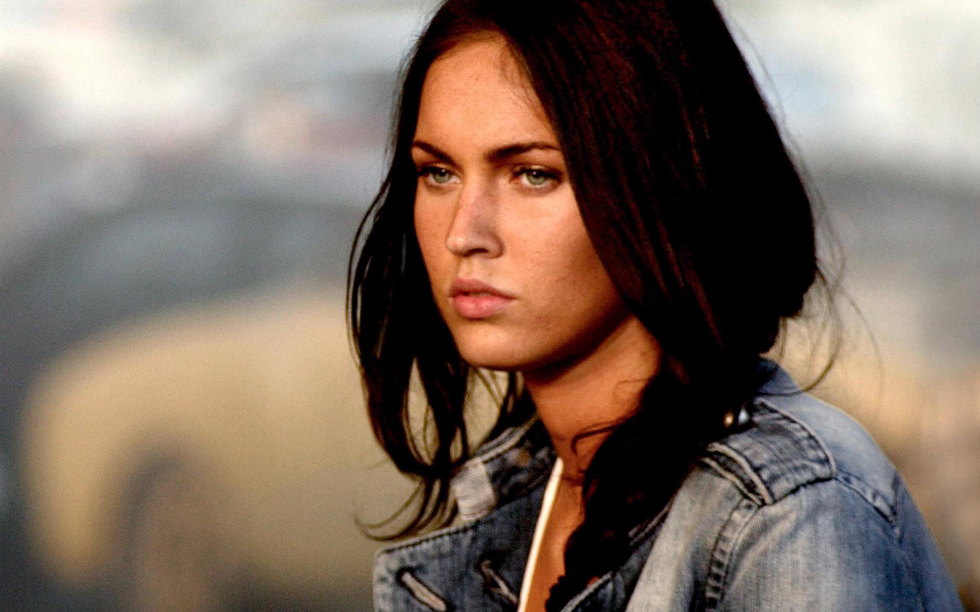 Flórida: Walmart proibiu a imagem ou a presença de Megan Fox