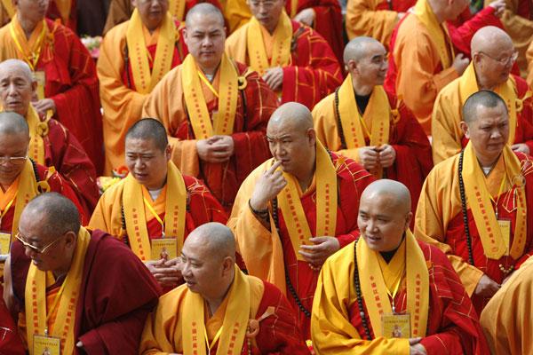 China: Proibida a reencarnação dos monges