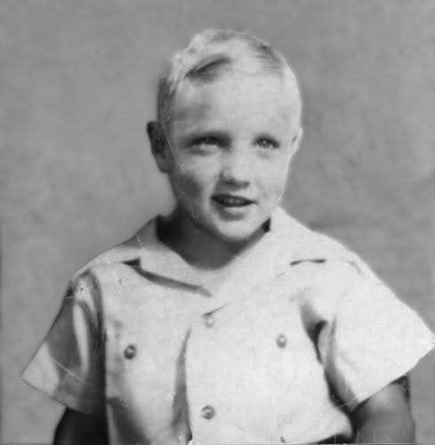 Elvis Presley era loiro natural