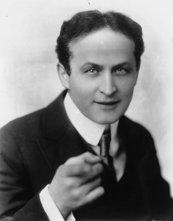 Um famoso truque de Houdini: Metamorfose