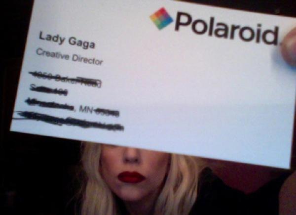 O Cartão de Lady Gaga para Polaroid