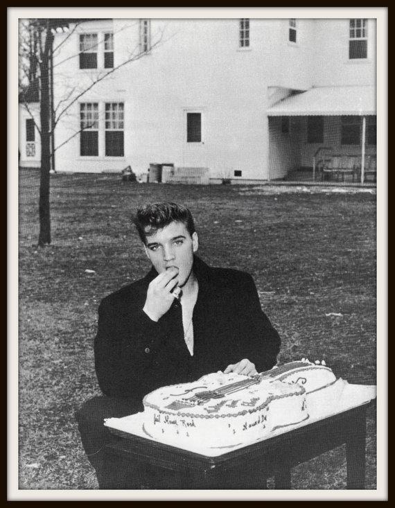 Elvis estrelou 31 filmes em sua carreira