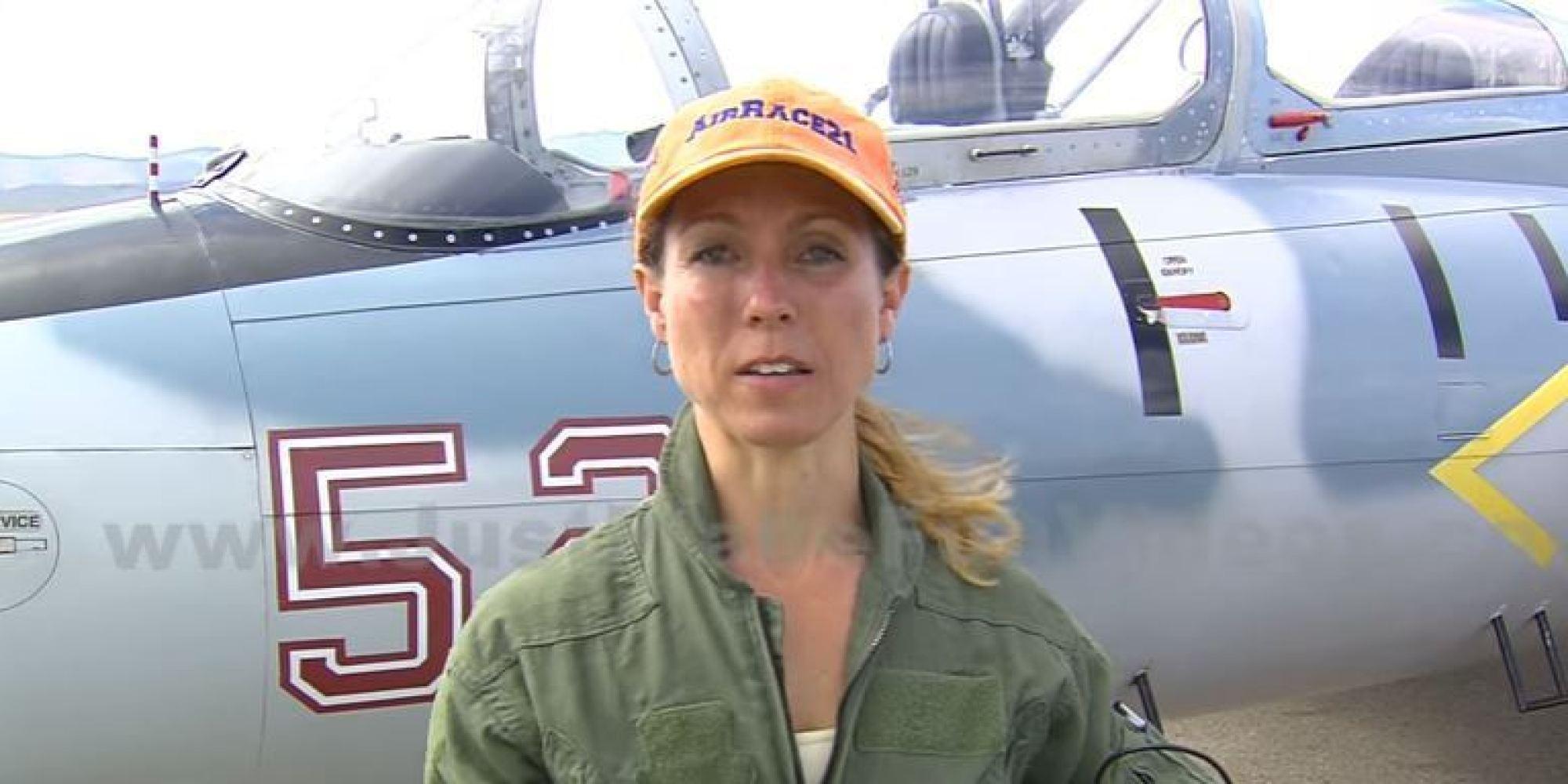 Penney e Sasseville planejavam empurrar a aeronave com seus F-16